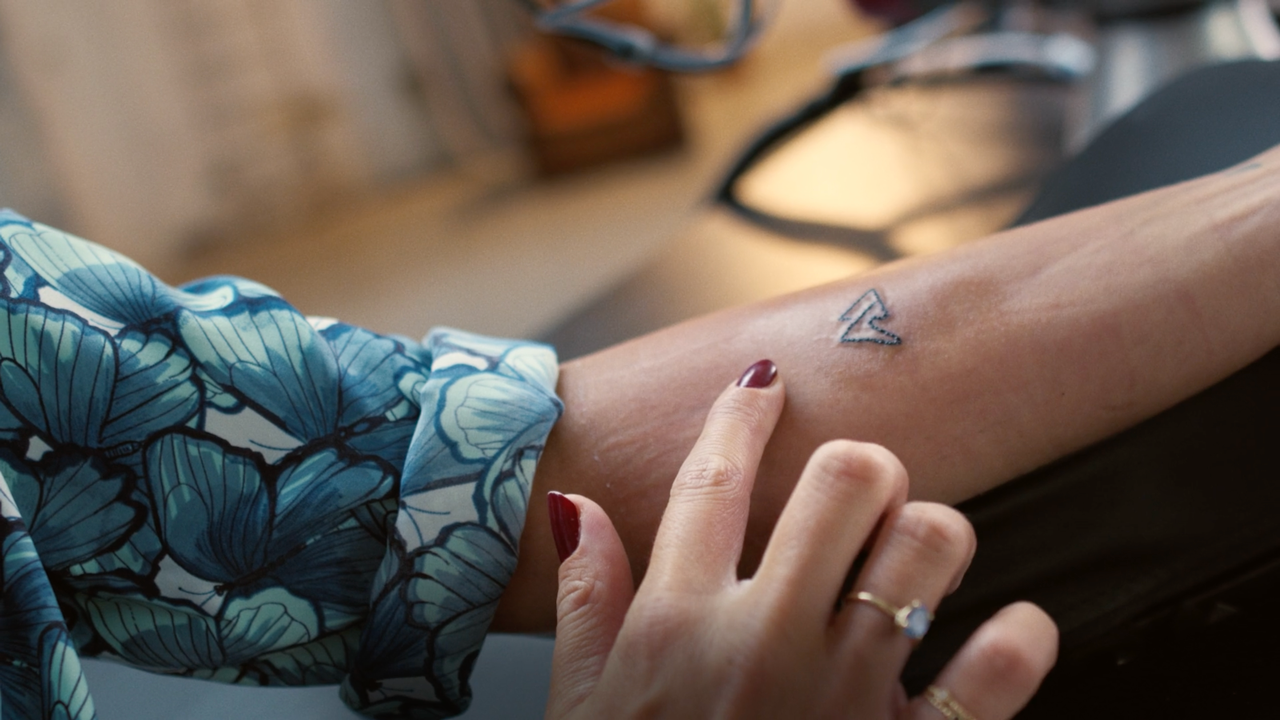 Tattoo robot 5G T-Mobile Network - Arm
